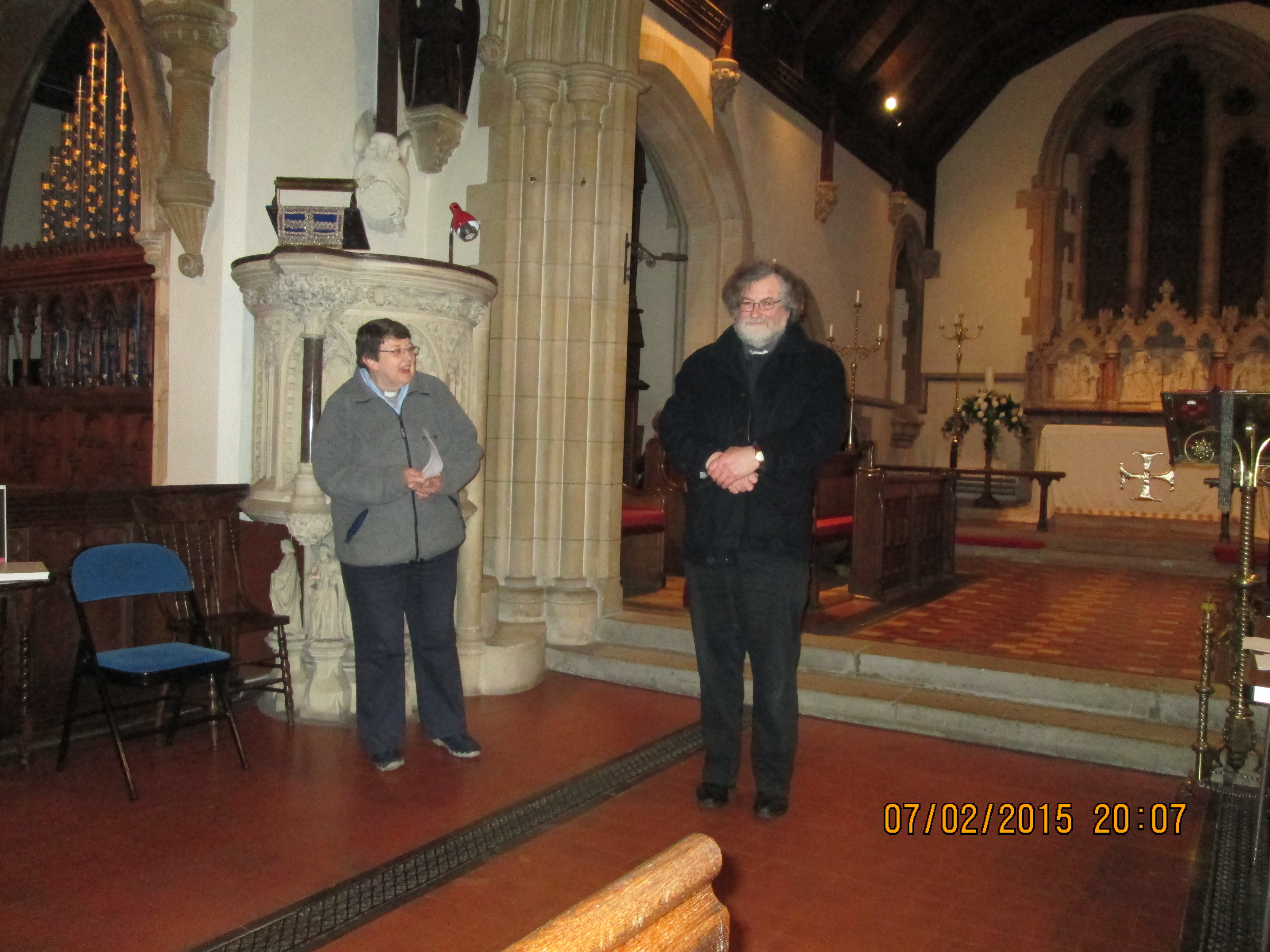 Image: Recitalist Robert Evans being thanked by Canon Pauline Higham